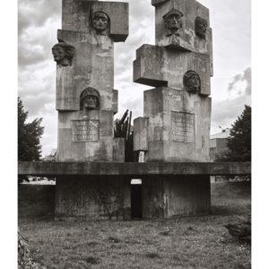 Pomnik hydraulika od… przodu