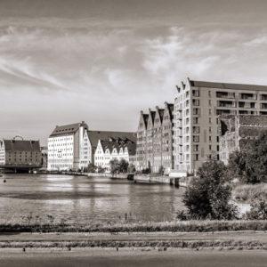 Stare i nowe gdańskie budynki