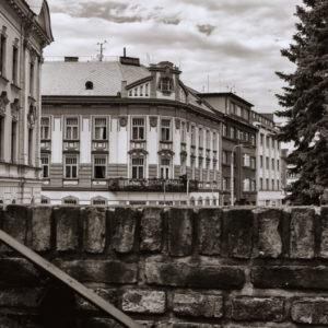 Zza mura