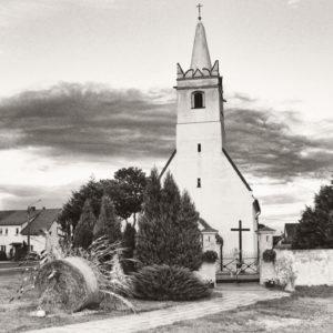 Read more about the article Kościół Rzymskokatolicki Pw. Świętej Trójcy w Buszycach