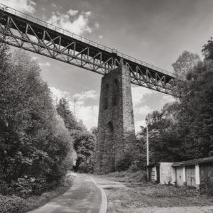Most kolejowy nad Woliborką w Nowej Rudzie
