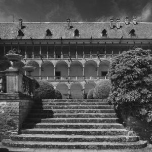 Opočno – schody do zamku