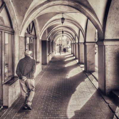 Spacer podcieniami w Opolu
