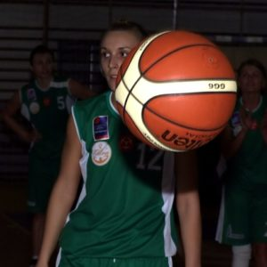 Agata Bachryj zza piłki