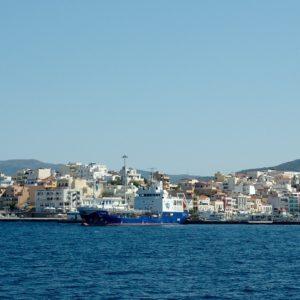 Agios Nikolaos – port z łódką