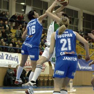 Leona Jankowska i Anna Szyćko vs. Ewelina Buszta