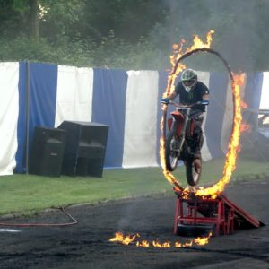 Read more about the article Monster Trucks Stunt Show (3)