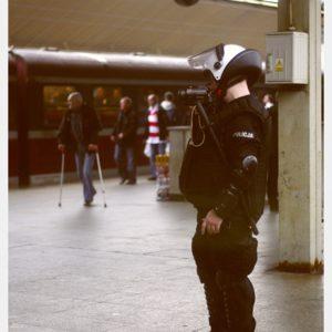 Policjant kibiców
