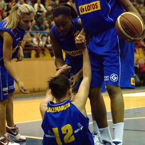 Odra Brzeg – Lotos Gdynia (7) – Elina Babkina, Monica Wright, Sandora Irvin i Magdalena Kaczmarska