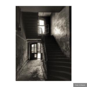 Schody ku oknu