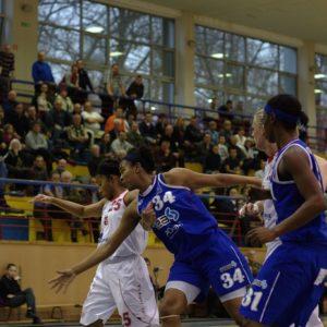 Odra Brzeg – INEA AZS Poznań (13) – Aysha Jones vs. Chinyere Ukoh