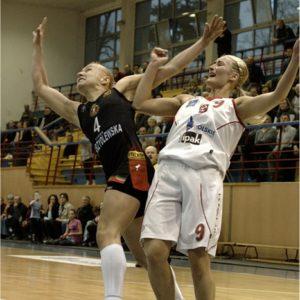 Odra Brzeg – Widzew Łódź (17) – Małgorzata Chomicka vs. Magdalena Gawrońska
