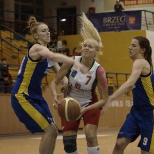 Odra Brzeg – MUKS Poznań (9) – Inna Kochubei vs. Paulina Antczak i Dominika Owczarzak
